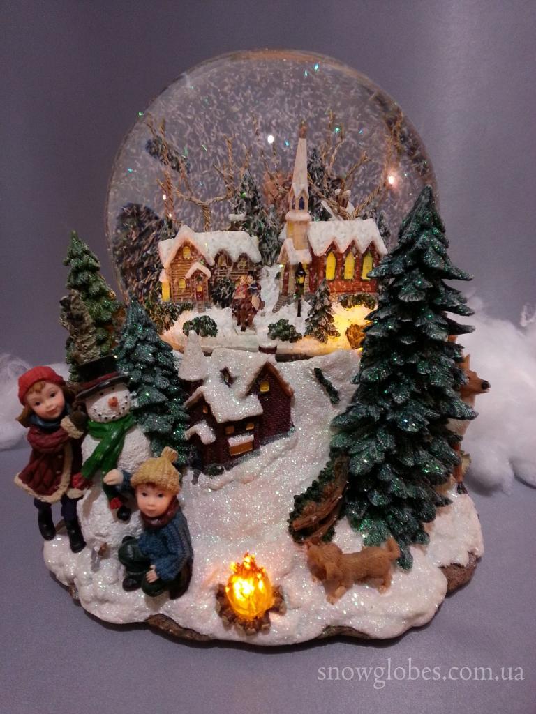 "Снежный шар ""Наконец то идет снег"""