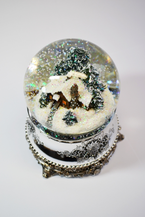 "Снежный шар ""Метель"""
