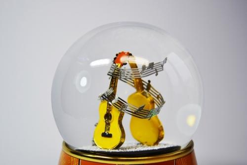 "Снежный шар ""Гитары"""