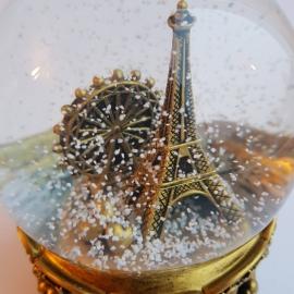 Снежный шар c автоснегом и подсветкой Париж в золоте